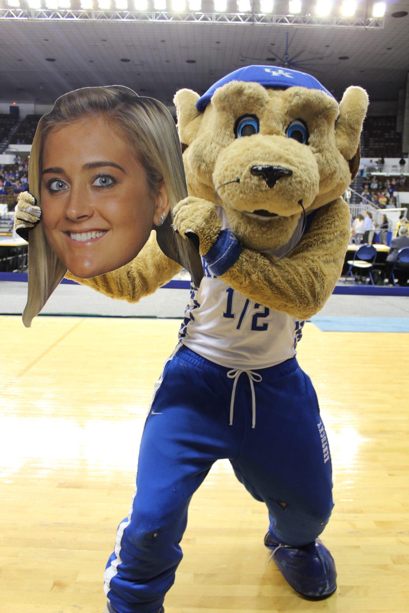 Kentucky vs. Missouri - Scratch the Wildcat with Alex Hyland Fathead